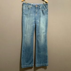 Gap • Women's 1969 Mid Rise Long and Lean Jeans